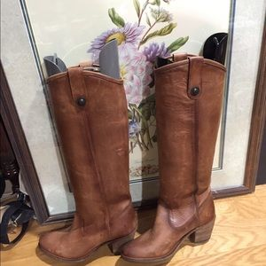 Women frye high boot